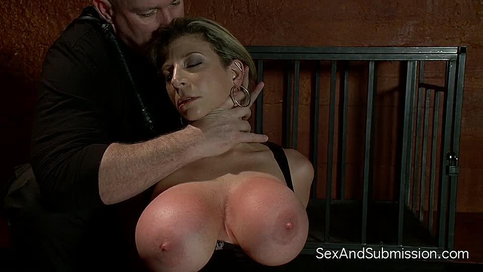 sexslavin schläge auf die fotze