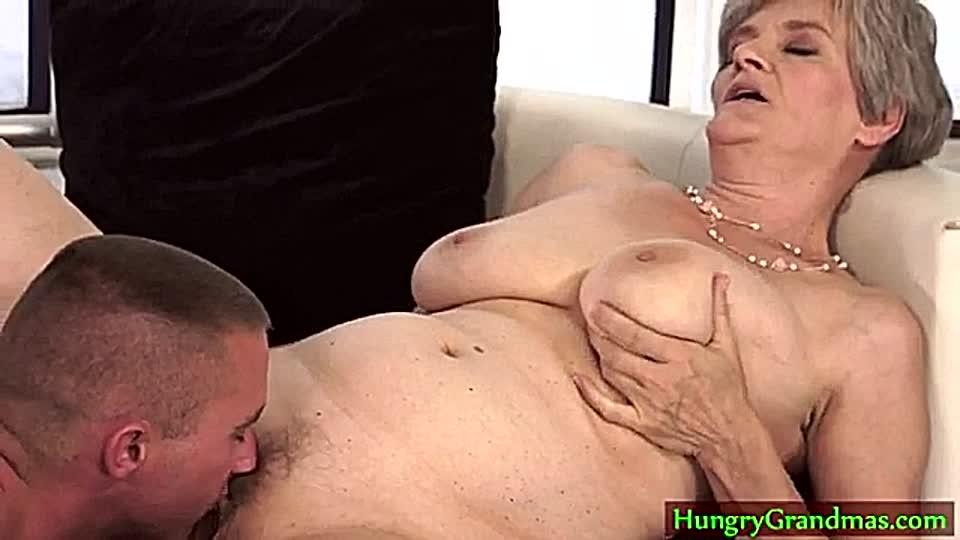 Männer lecken Pussy Pornos